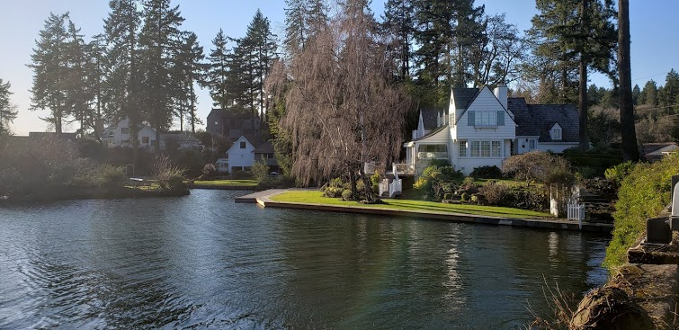 Junk Removal in Childs Neighborhood, Lake Oswego, Or