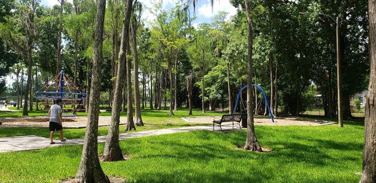 Englewood Park Junk Removal | WE JUNK in Orlando, Fl